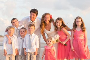 parents renew wedding vows with children