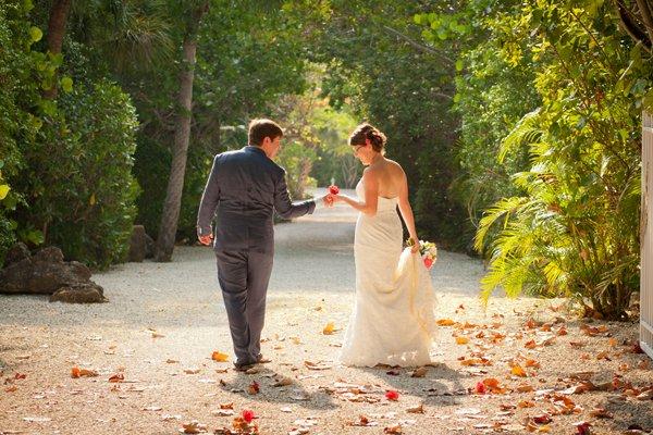 intimate wedding photo on captiva island