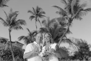 black & white wedding photo on Sanibel Island