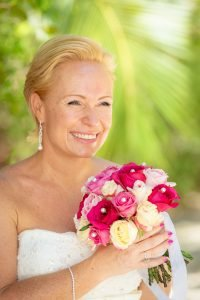 photo of bride with beautiful florida landscape