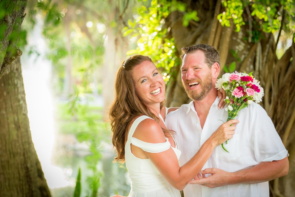 couple enjoy an intimate wedding ceremony on Sanibel Island