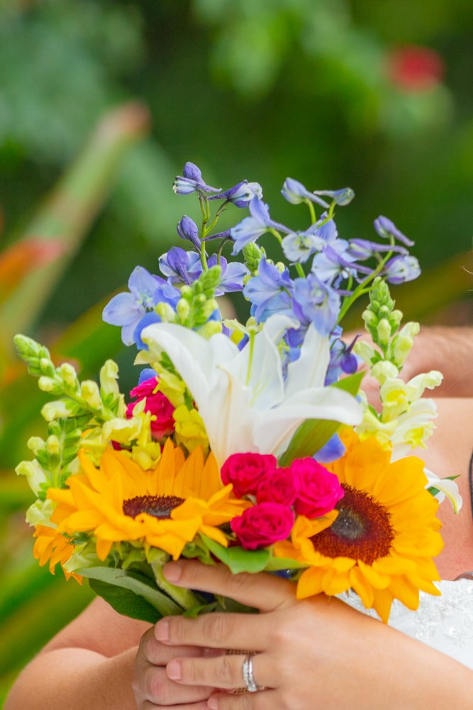 wedding flowers for a Sanibel beach wedding