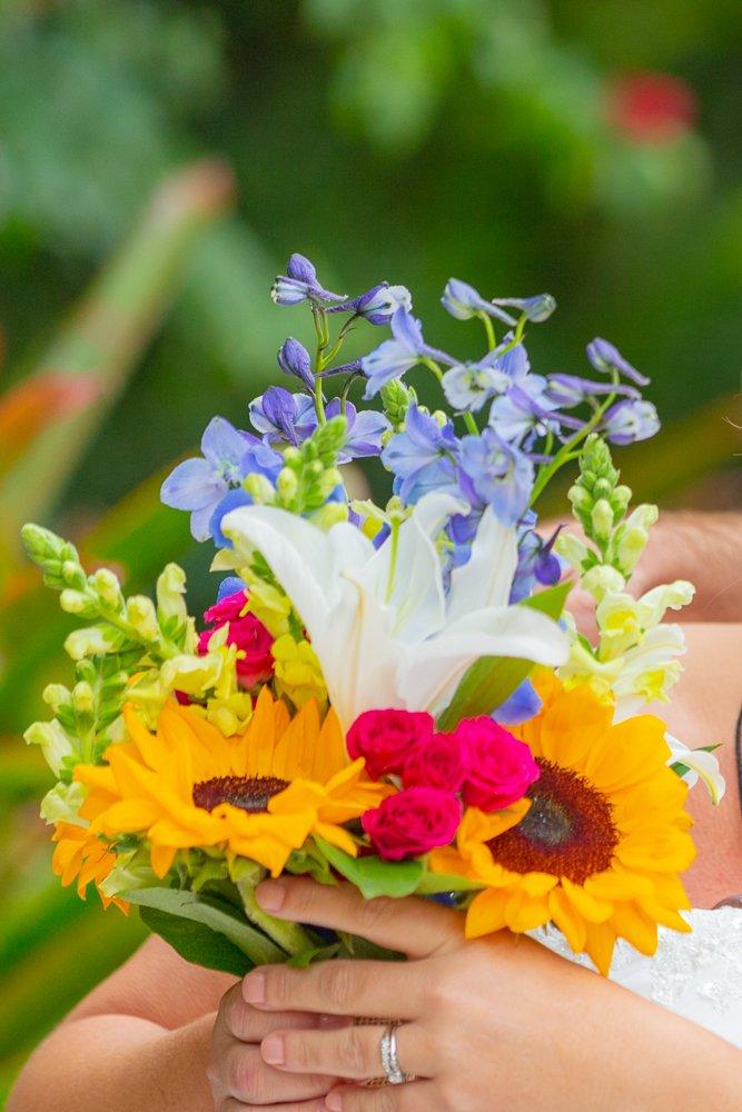 wedding flowers for a Sanibel beach wedding