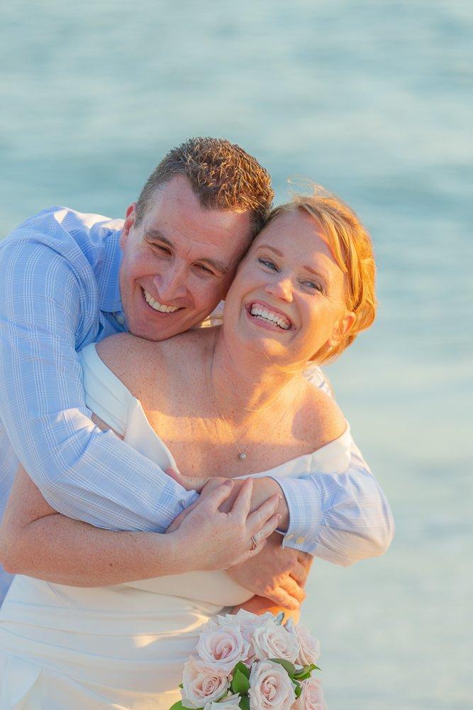 wedding couple on sanibel island with marriage license