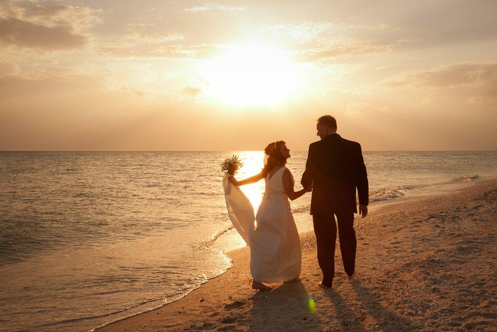 sunset photo at wedding on Sanibel Island