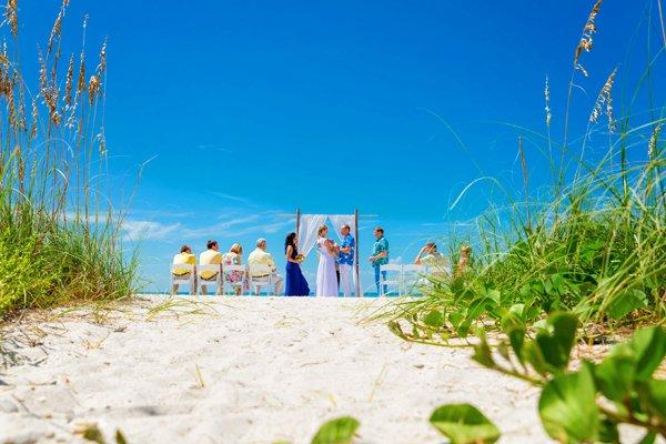 wedding ceremony on Sanibel beach