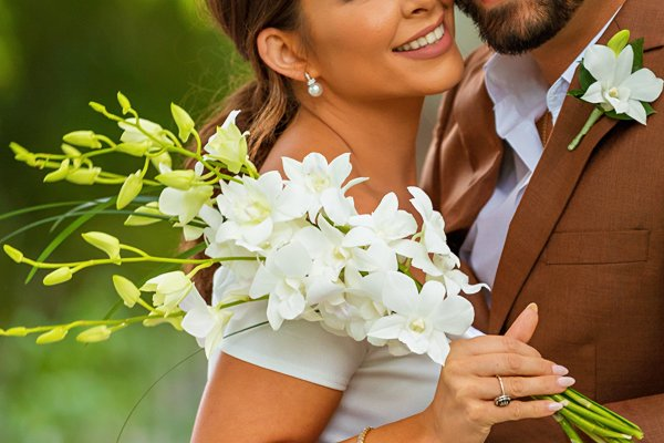 Wedding flowers for Sanibel beach elopement